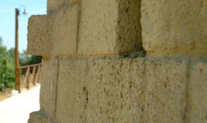 dimensionamento di un muro in tufo cave riunite riano